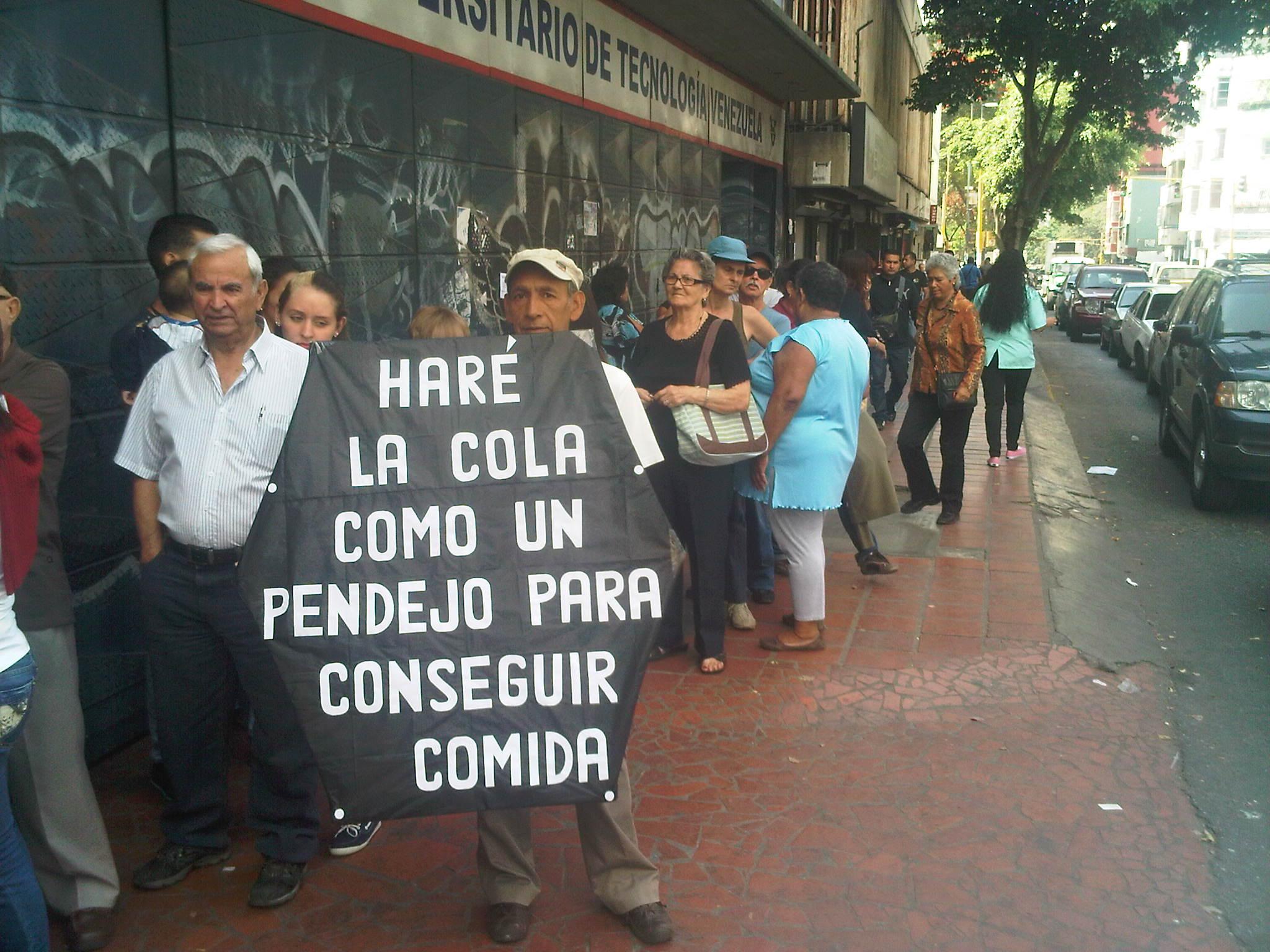 Resultado de imagen para las colas del hambre en venezuela