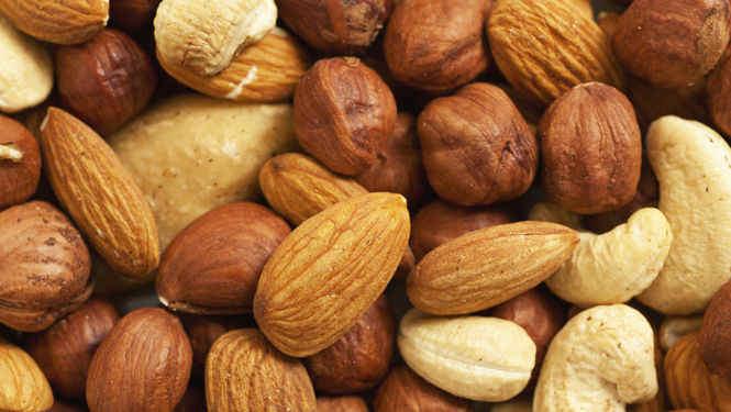 frutos secos : reduce enfermedades cardiovasculares