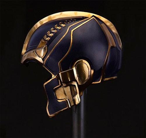 casco thanos