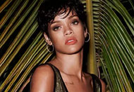 Rihanna---sexy-Topless-nude-for-Vogue-Brasil-Magazine-(May-2014)-p