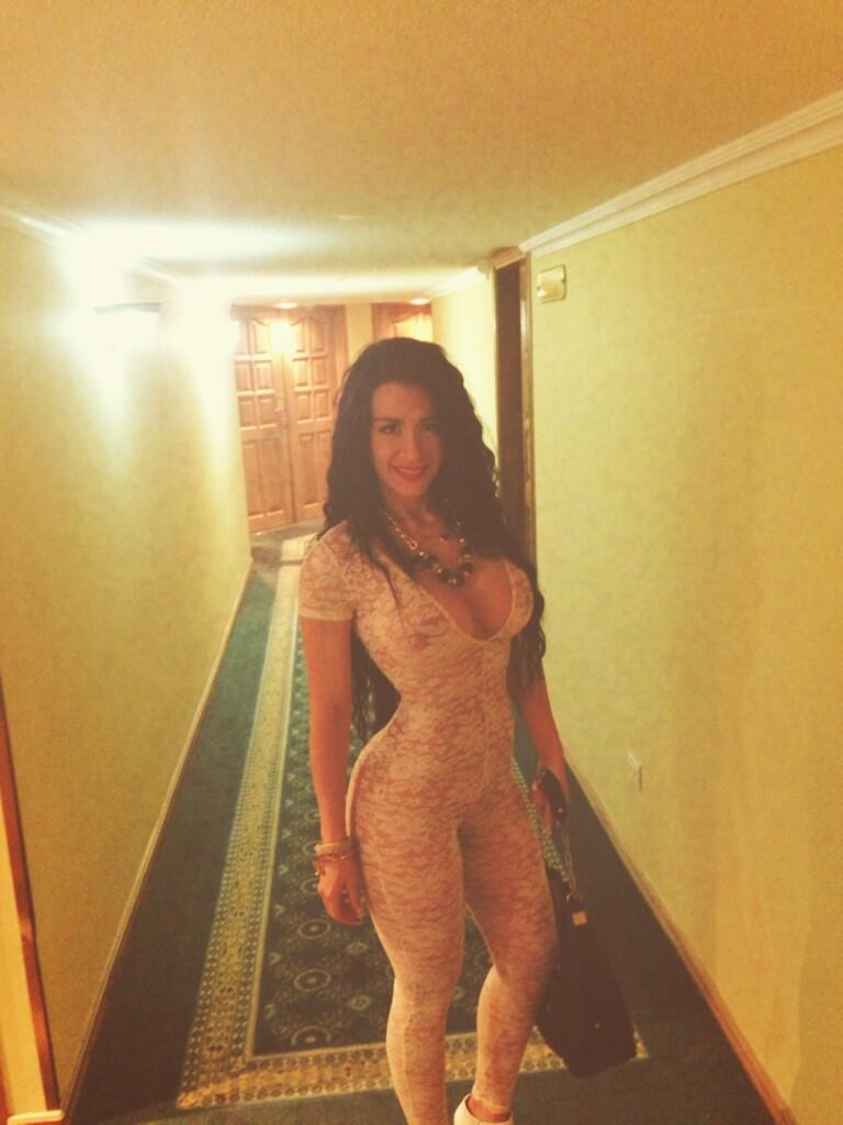 Diosa canales naked gif