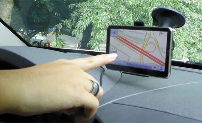 Malos hábitos que debes evitar al manejar GPS