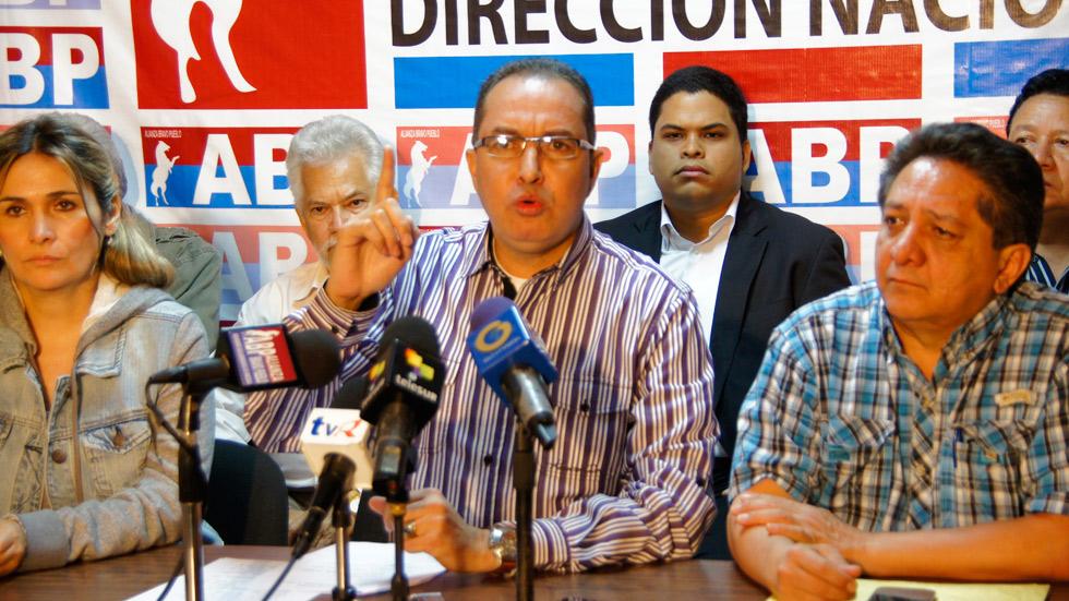 Oposición pide al Gobierno explicar las muertes en el Hospital de Maracay