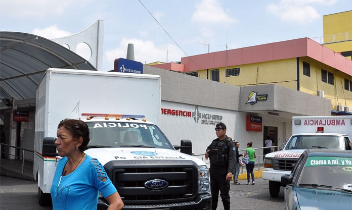 Por falta de cirujano envían a casa a adolescente herido de bala