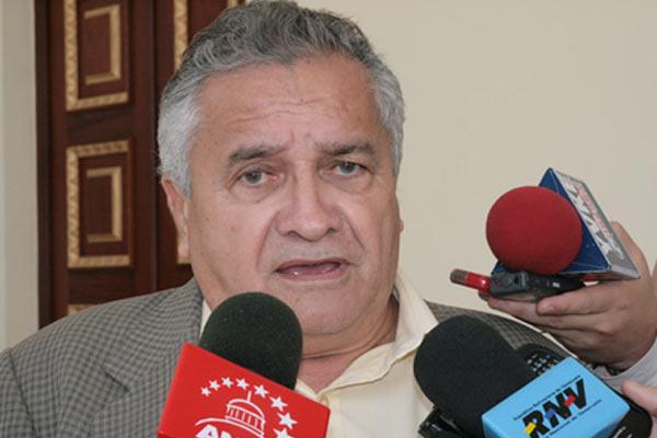 Según Soto Rojas caída del petróleo no afectará economía
