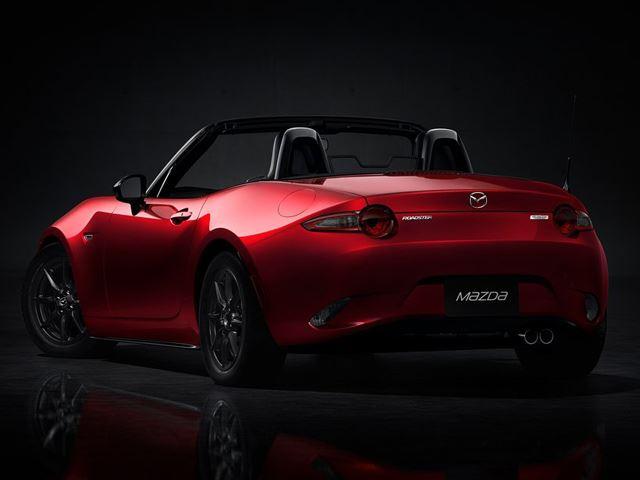 Mazda MX-5 Miata  (2)