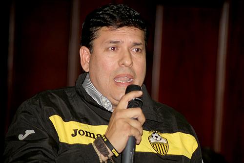"""""""Que le pongan captahuellas al bolsillo de Diosdado y a no a los tachirenses"""""""