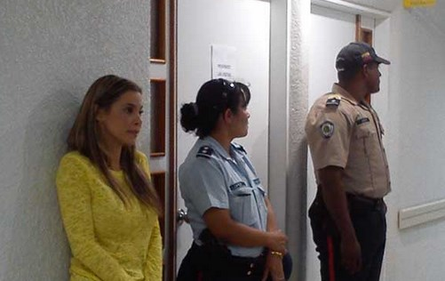 "Esposa de Herrera ""no se resistió al robo e igual le dispararon"""