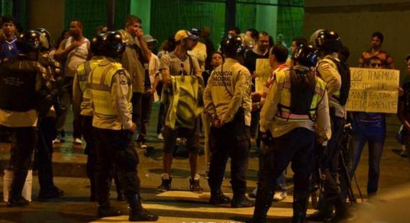 Protestas Enero 2015 - Página 2 Chacao-metro2