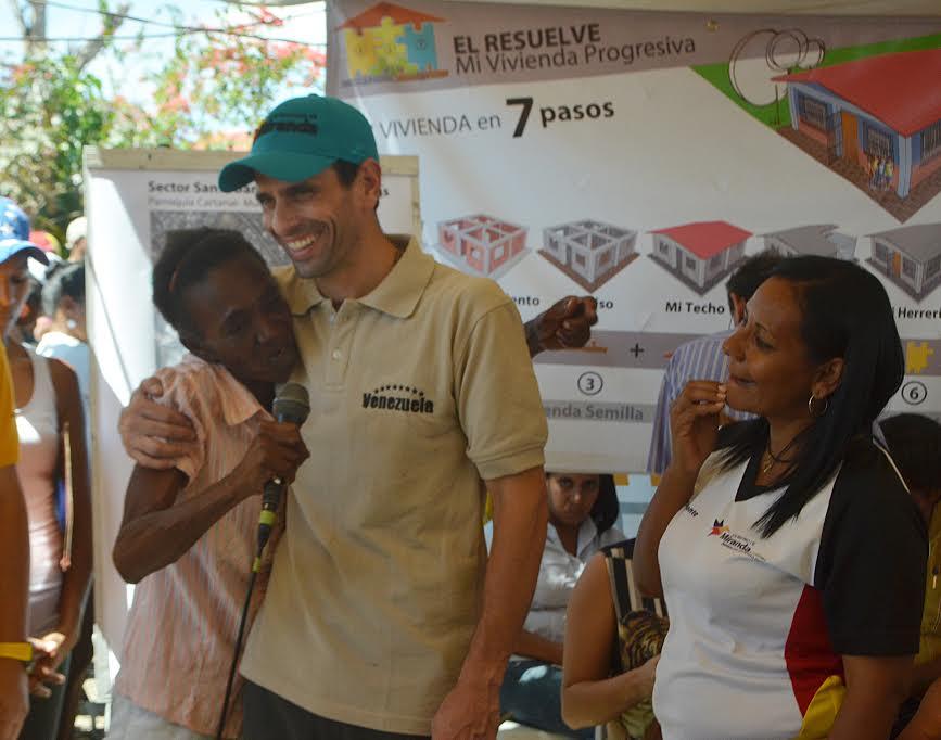 Capriles desde Cartanal: Con la unión ganamos todos