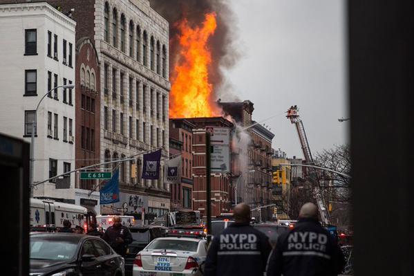 Fallece familia en un incendio en Nueva York
