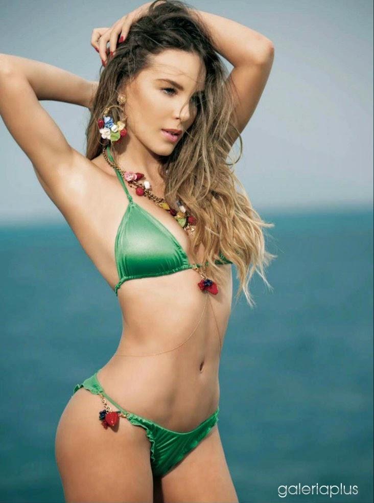 En esta primera oportunidad te mostramos a Belinda con su bikini verde ...