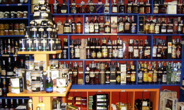 la ley de impuesto sobre alcohol y: