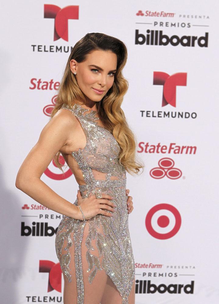 Singer Belinda Peregrin arrives at the 2015 Latin Billboard Awards in ...