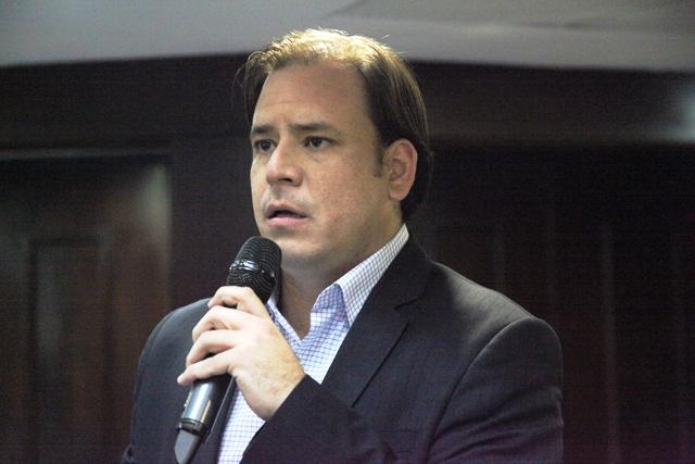 Homero Ruiz: Mejoramiento de toda la red de aeropuertos del país es indispensable