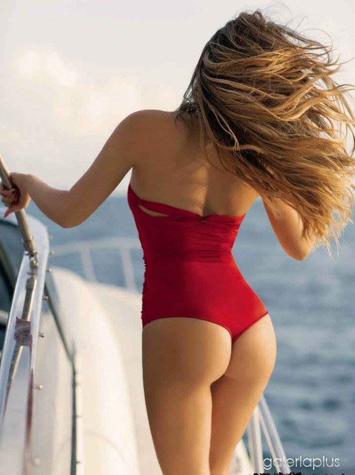 En esta primera oportunidad te mostramos a Belinda con su bikini rojo ...