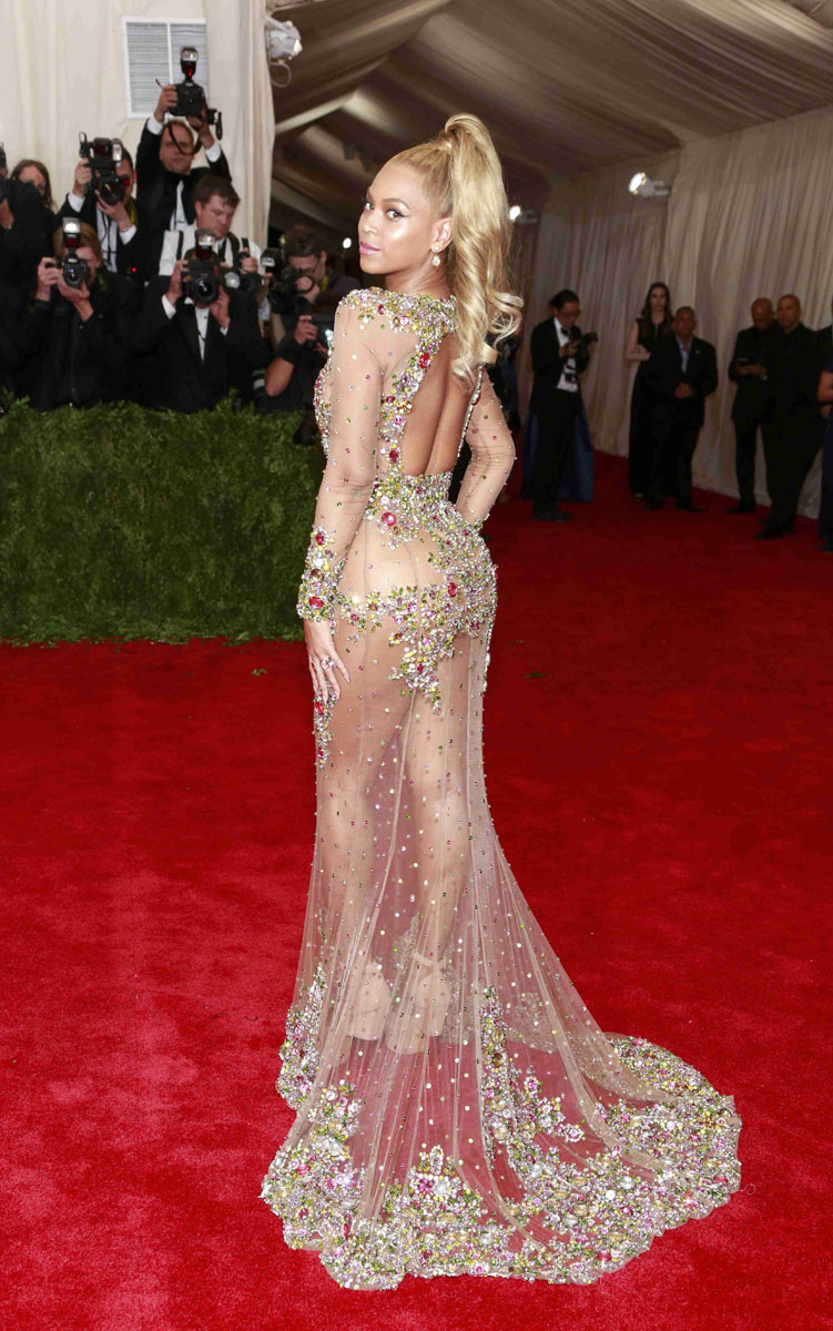 us singer beyonce poses after arriving for the museum of art costume institute gala