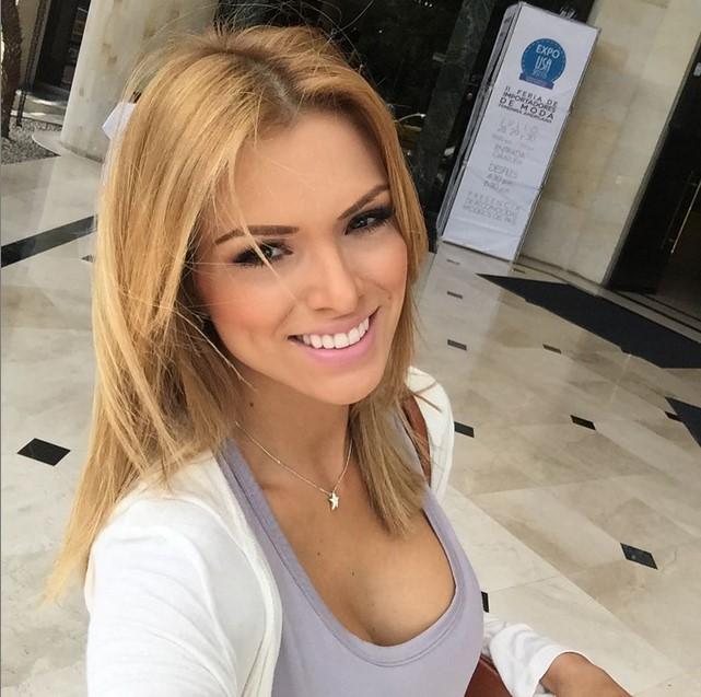 Esta catirota venezolana calent las pasarelas de for Ropa interior de colombia