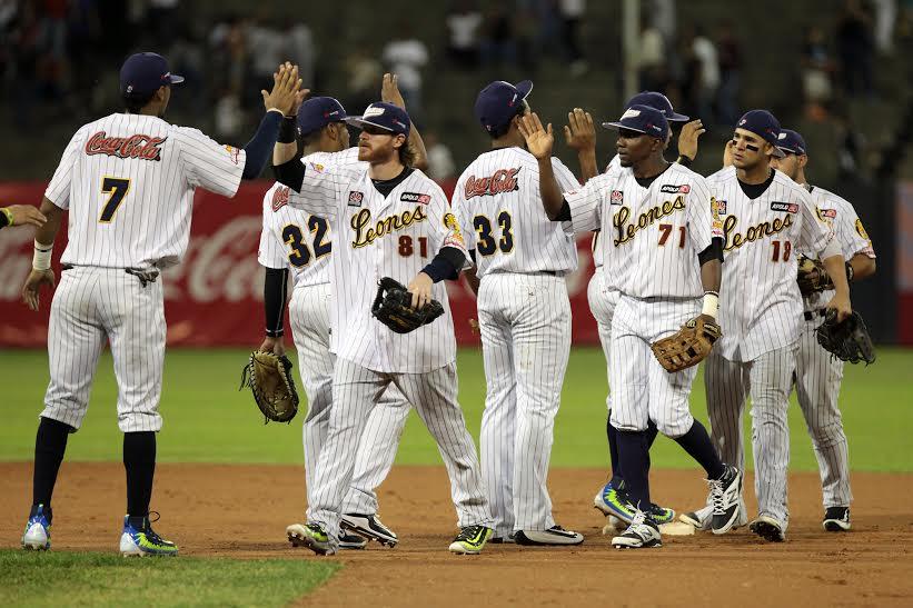 Leones y Águilas se verán las caras en Panamá