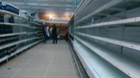 haciendo-alimentos-medicamentos-Foto-Twitter_NACIMA20151021_0007_19
