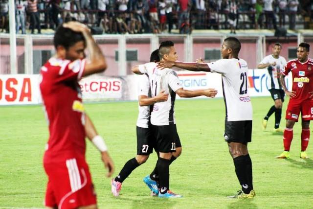 Johan Moreno celebra un gol anotado al Caracas FC.