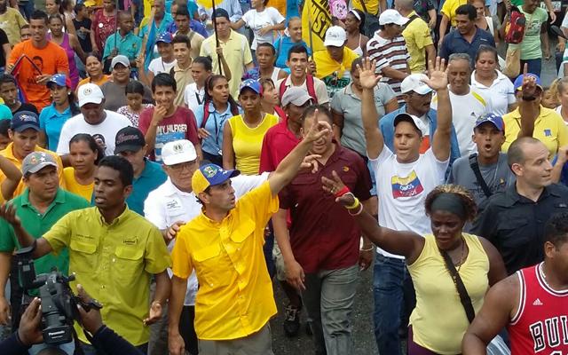 capriles (2)