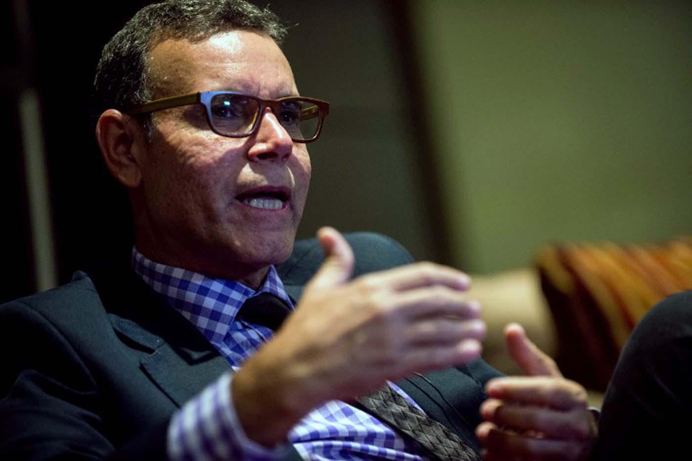Aumentos compulsivos de salario generan inflación futura — Luis Vicente León