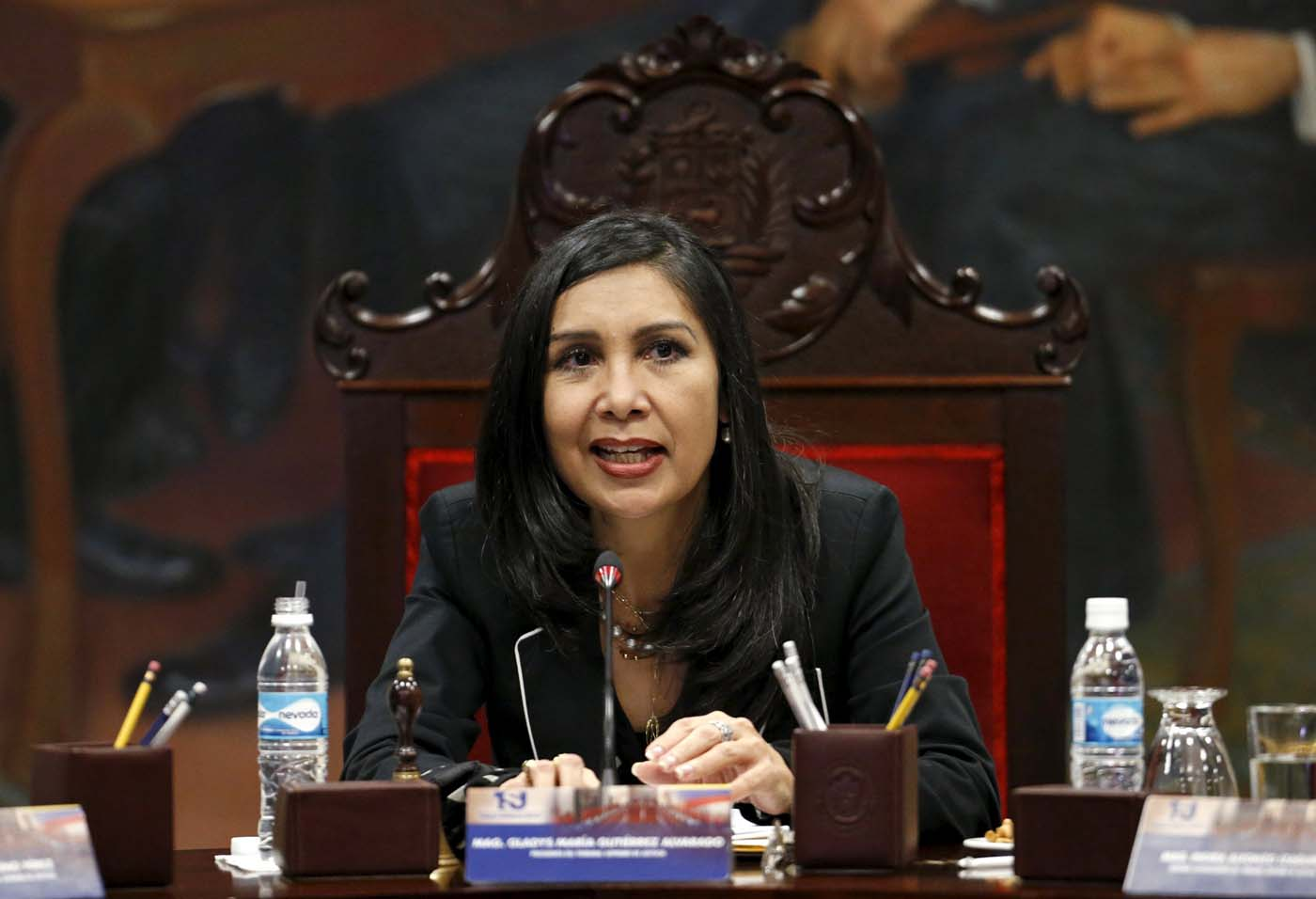 Venezuela's Supreme Court President Gladys Gutierrez speaks during a meeting with members of the court and the newly named justices, at the Supreme Court building in Caracas, December 23, 2015. Venezuela's Congress on Wednesday named 13 justices to the Supreme Court in a manoeuvre critics slammed as a last-minute court-packing scheme by the Socialist Party in the final days before it loses control of the legislature in January. Since this month's drubbing in polls that gave the opposition a two-thirds majority, the ruling socialists have accelerated the approval of laws, funding requests and new appointments. REUTERS/Carlos Garcia Rawlins