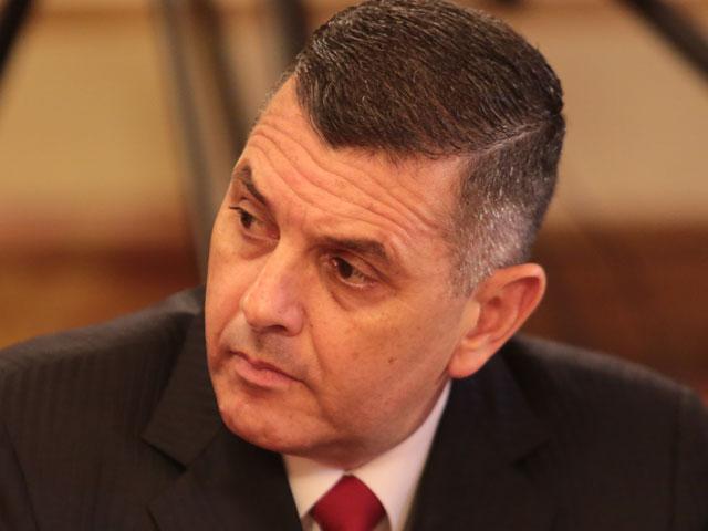 Ángel Belisario: Ministro pesca