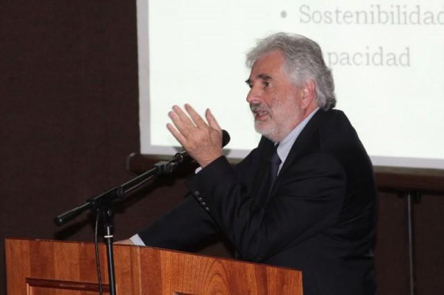 El rector de la Unimet, Benjamín Scharifker