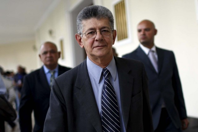 Henry Ramos Allup, president of the National Assembly and deputy of the Venezuelan coalition of opposition parties (MUD), walks at the National Assembly building during a session in Caracas