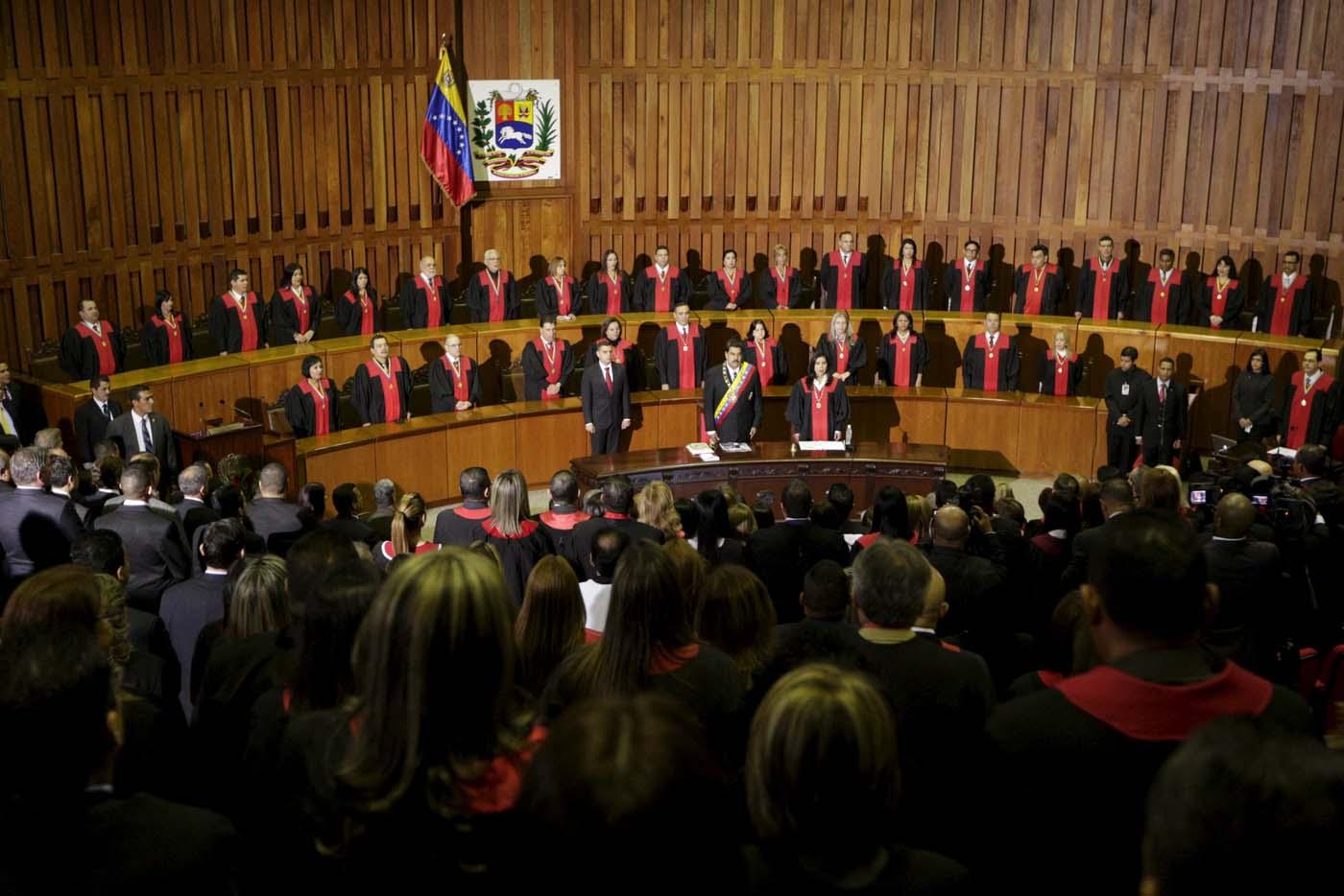 Maduro asiste al inicio del año judicial (REUTERS/Marco Bello)