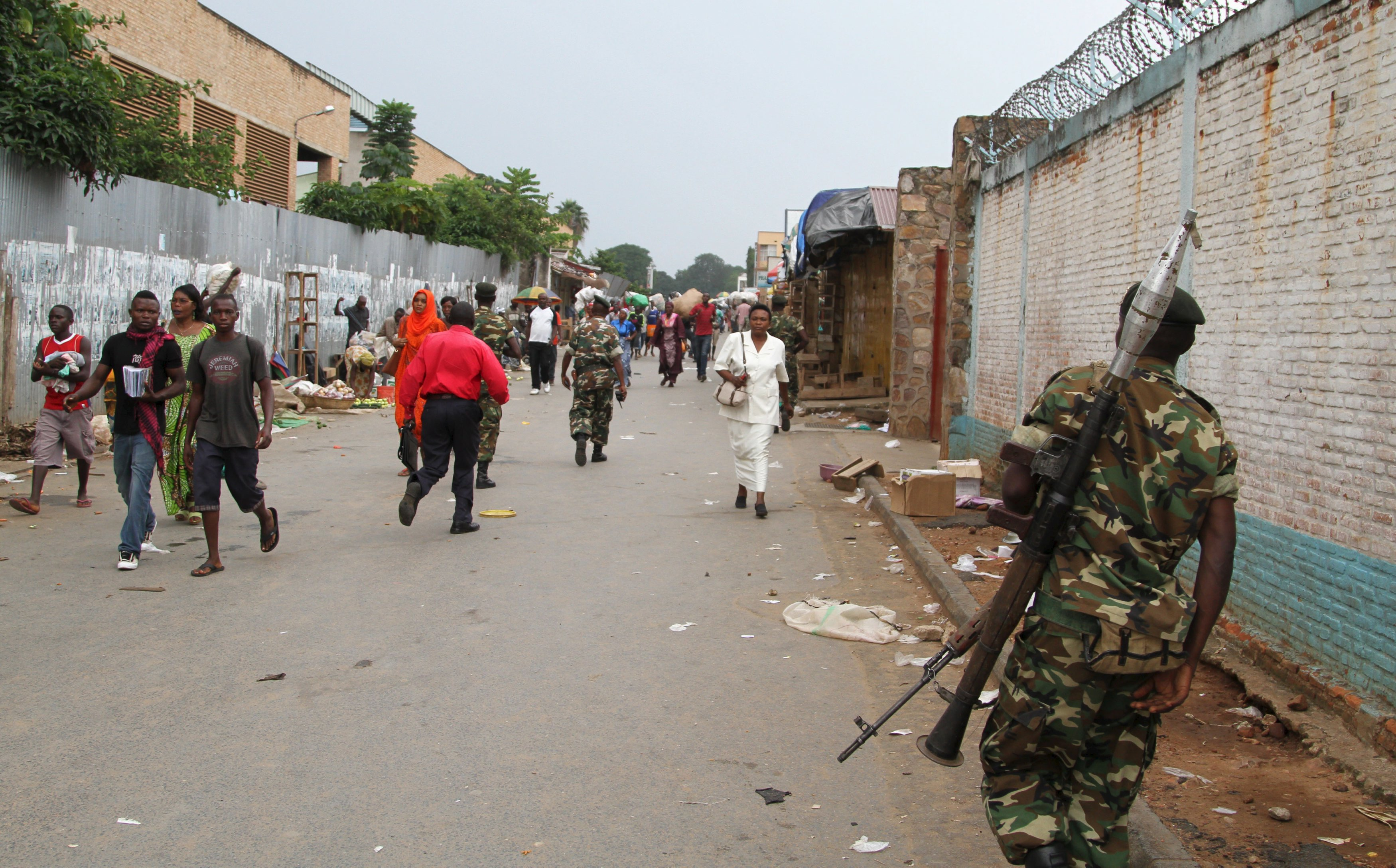 A soldier patrols the streets after a grenade attack of Burundi's capital Bujumbura, February 3, 2016. At least one person was killed in a grenade attack on a bar in Burundi on Monday night, witnesses said, in more violence since the African Union backed away from sending in peacekeepers without the government's consent. REUTERS/Jean Pierre Aime Harerimama