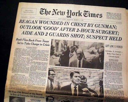 Portada del periódico The New York Times reseñando el atentado contra el entonces presidente Ronald Reagan