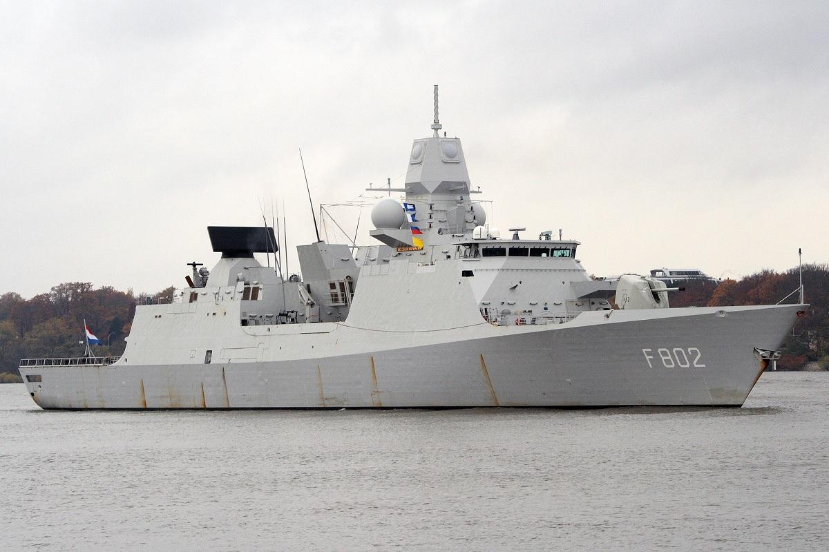 La fragata  De Zeven Provinciën de la Armada holandesa / Wikipedia