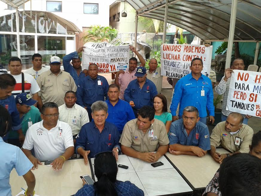 Hernández dijo que marcharán el 1 de mayo masivamente contra las malas políticas económicas del gobierno.