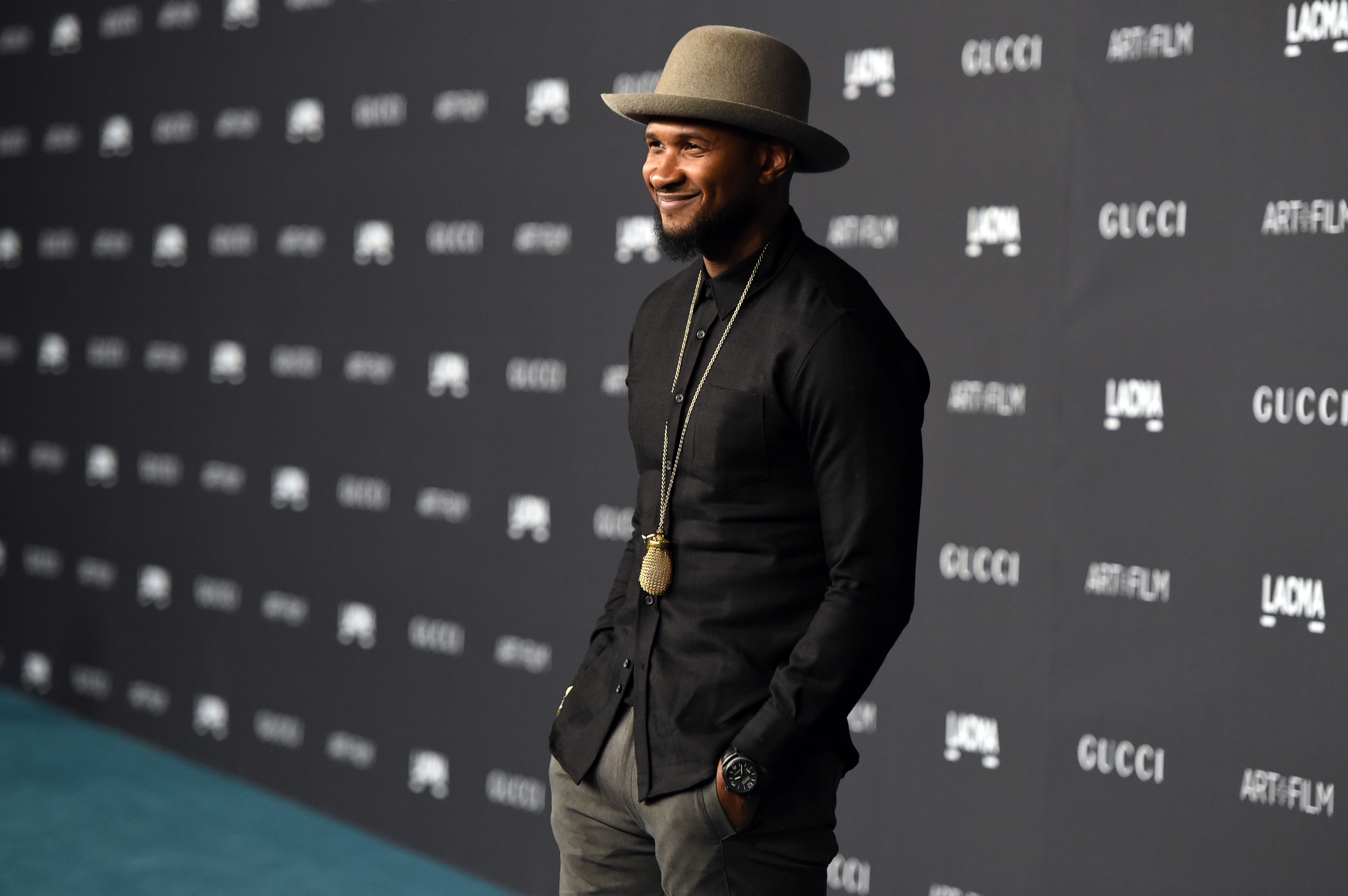 LOS ANGELES, CA - NOVEMBER 07:  Recording artist Usher attends LACMA 2015 Art+Film Gala Honoring James Turrell and Alejandro G Iñárritu, Presented by Gucci at LACMA on November 7, 2015 in Los Angeles, California.  (Photo by Jason Merritt/Getty Images  for LACMA)