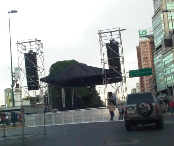 tarima plaza venezuela