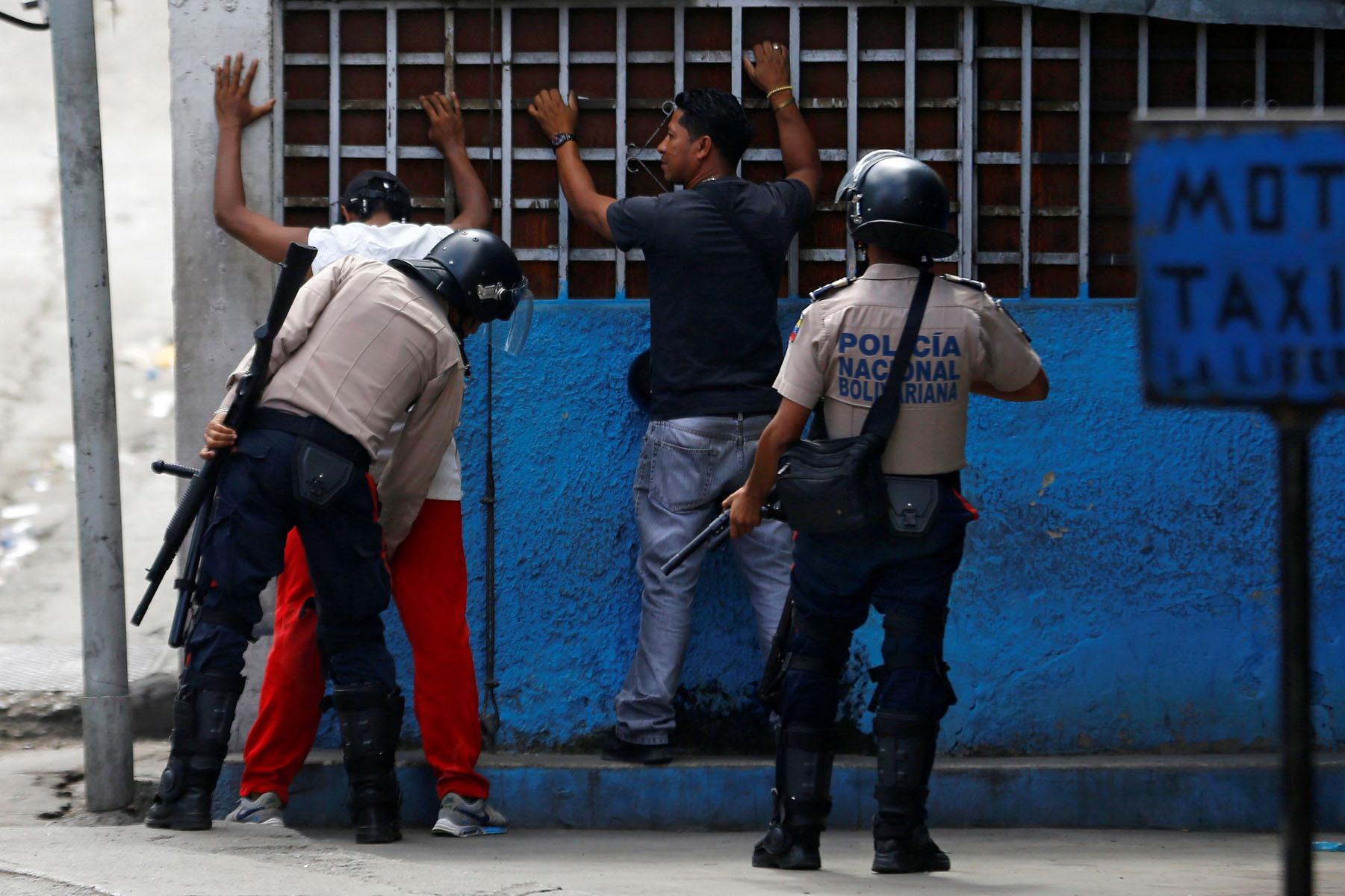 Tag 10jun en El Foro Militar de Venezuela  LaVega-CCS-11