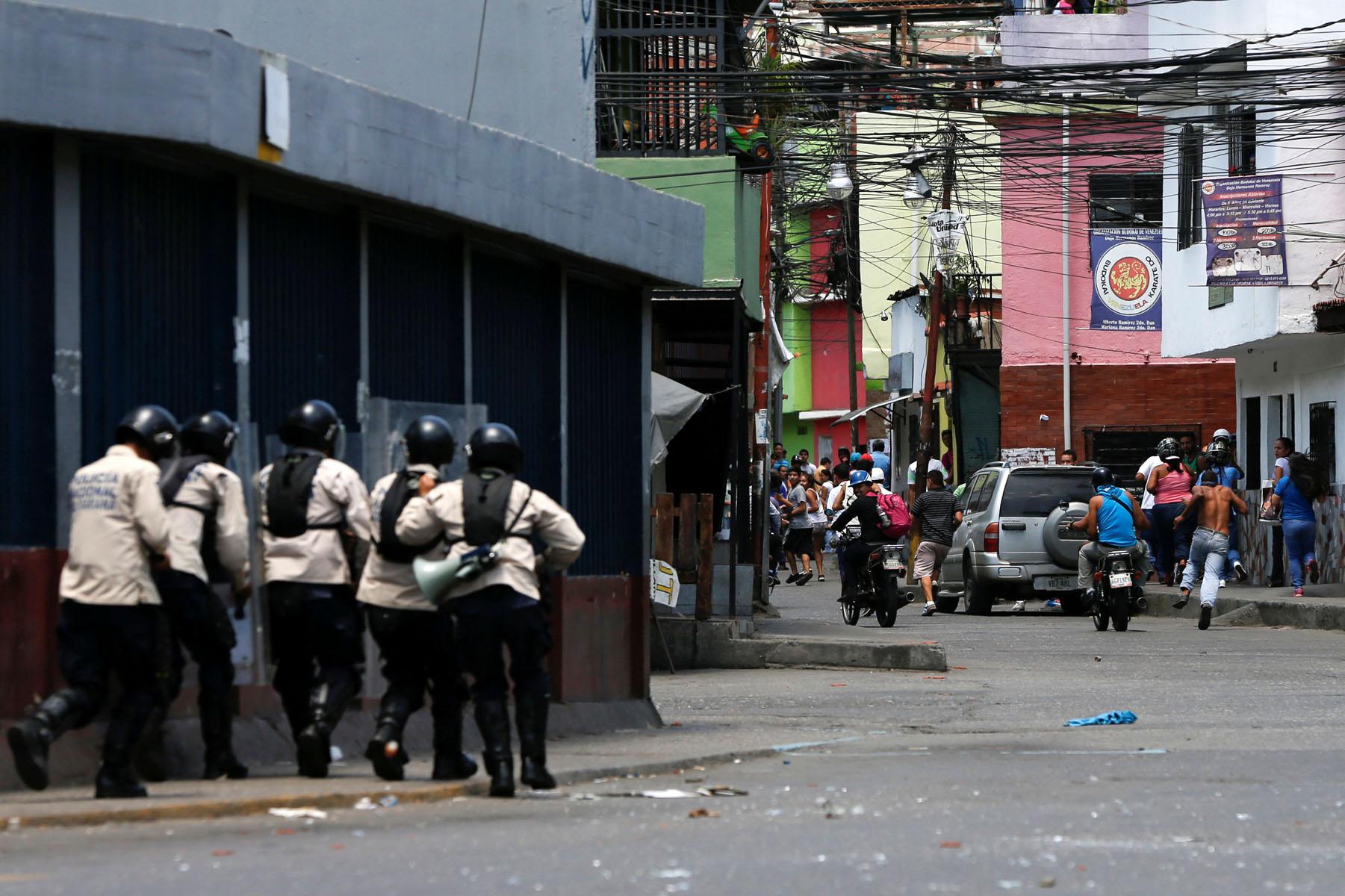 Tag 10jun en El Foro Militar de Venezuela  LaVega-CCS-13