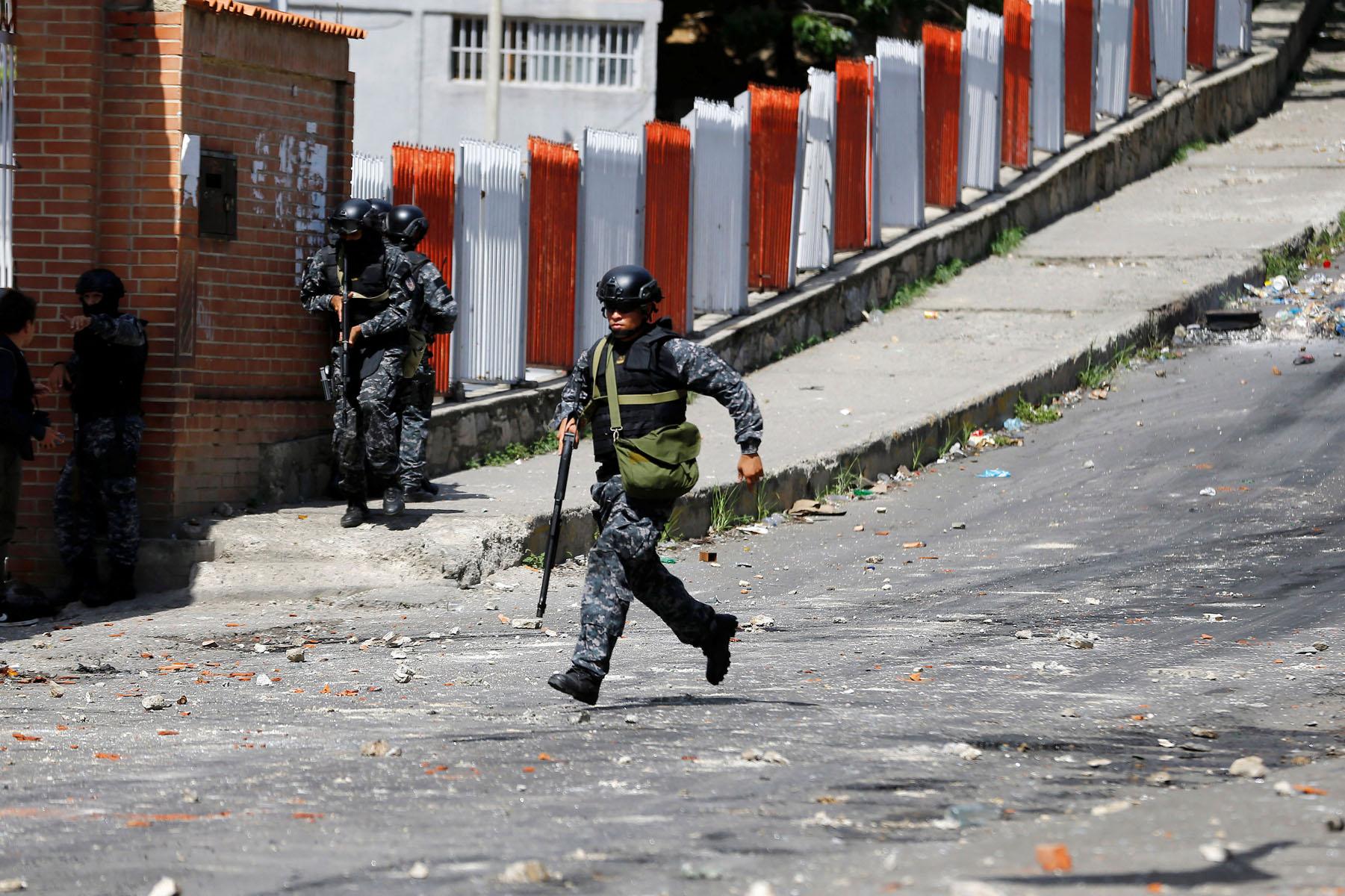 Tag 10jun en El Foro Militar de Venezuela  LaVega-CCS-19