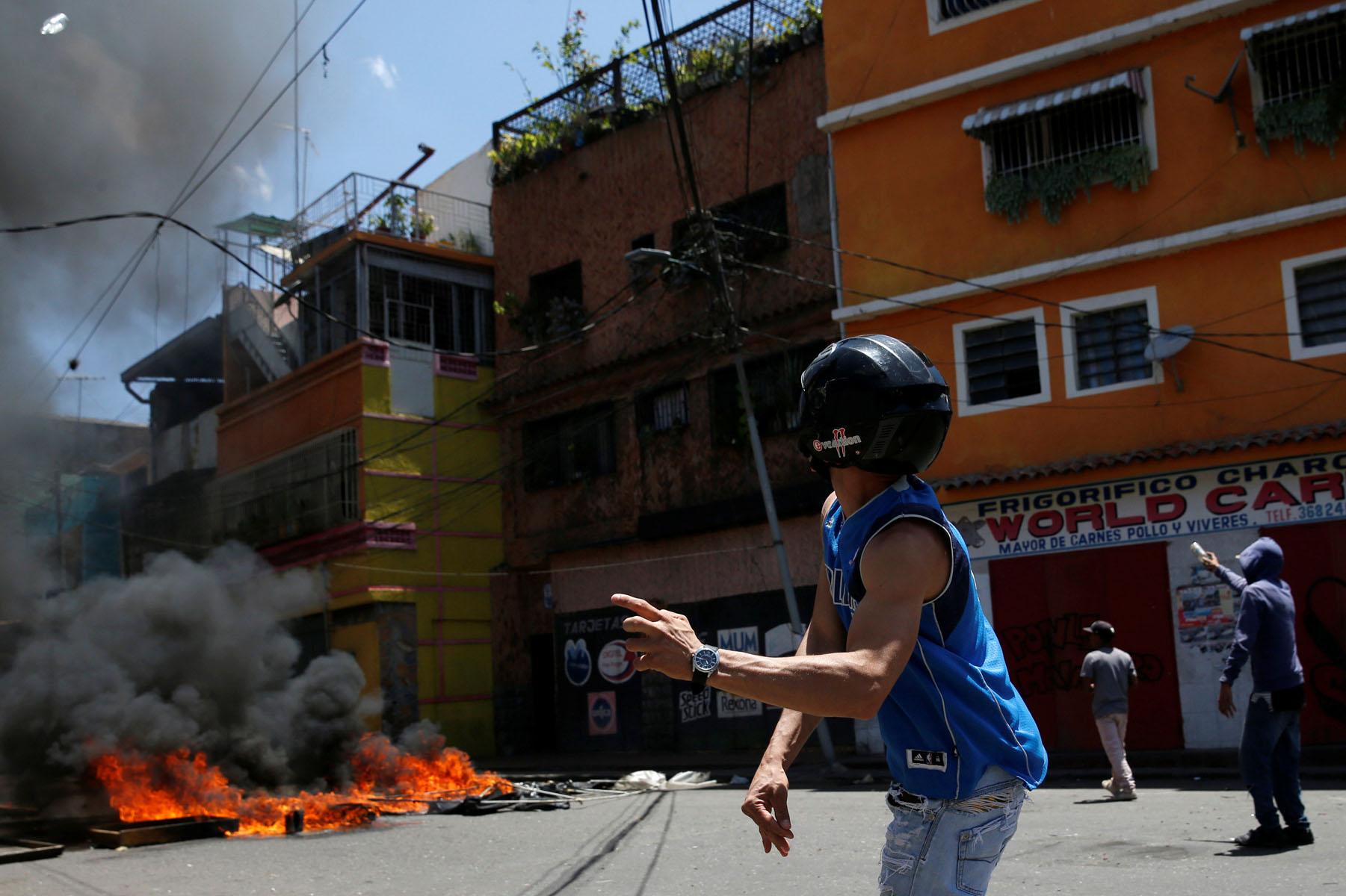 Tag 10jun en El Foro Militar de Venezuela  LaVega-CCS-2