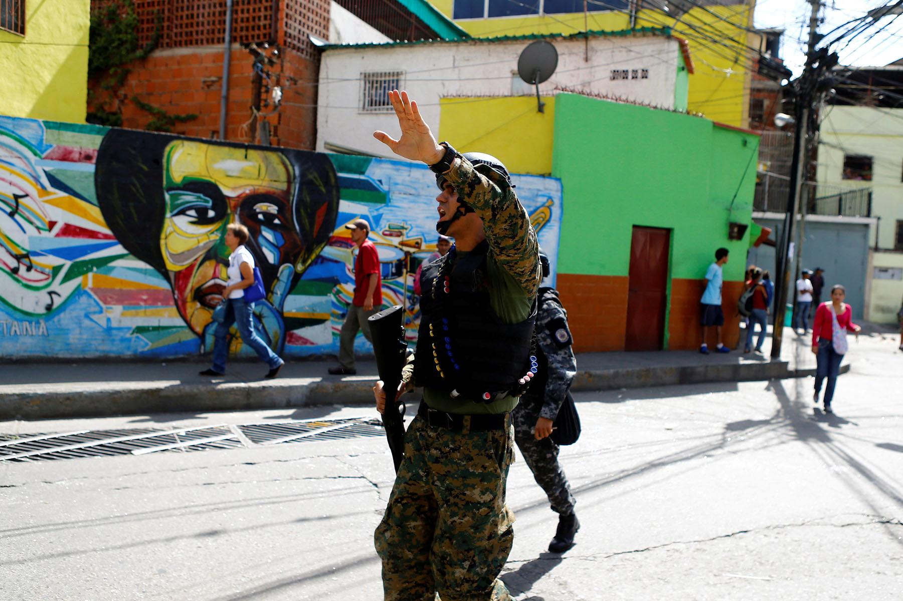 Tag 10jun en El Foro Militar de Venezuela  LaVega-CCS-20