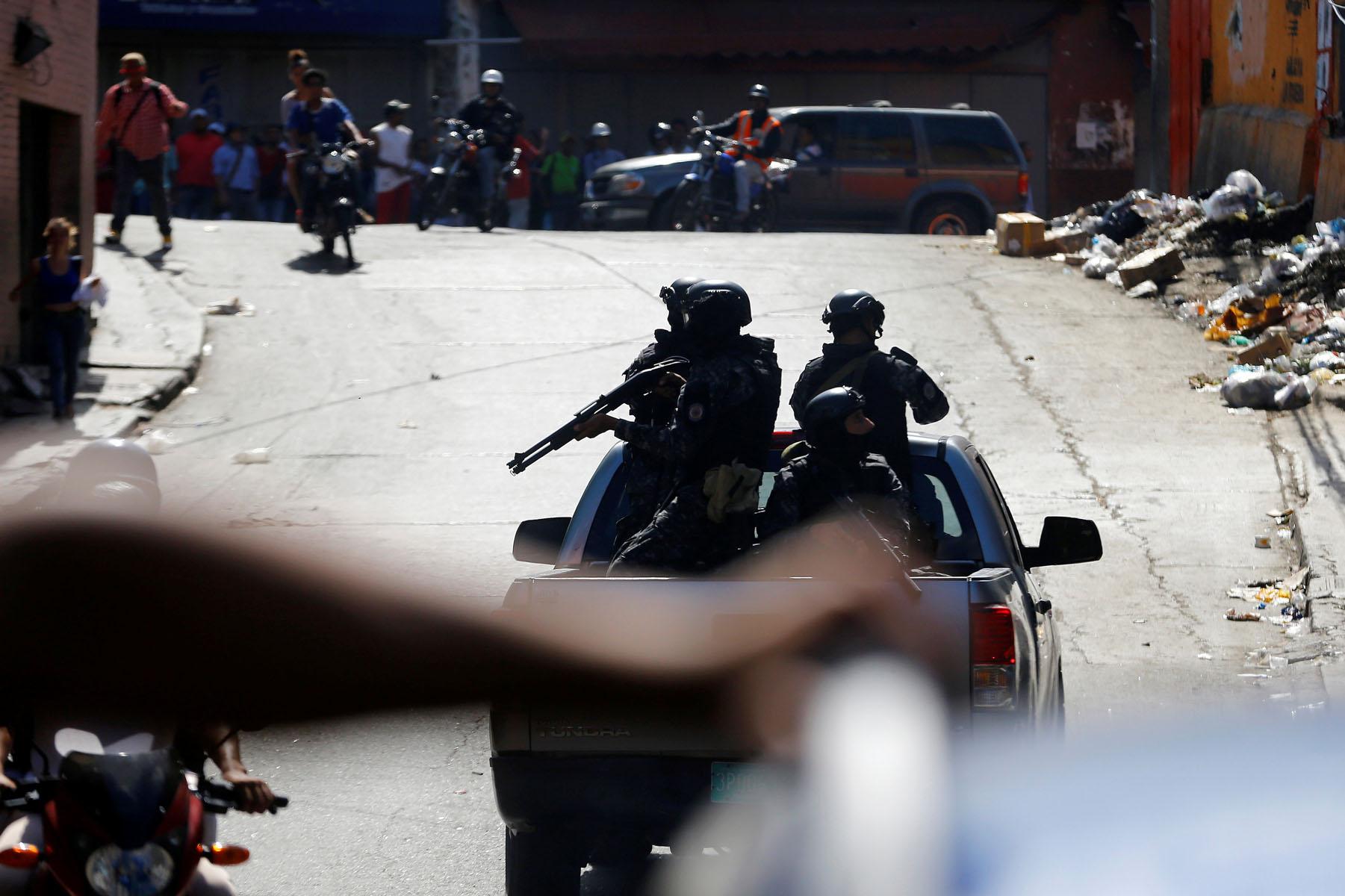 Tag 10jun en El Foro Militar de Venezuela  LaVega-CCS-21