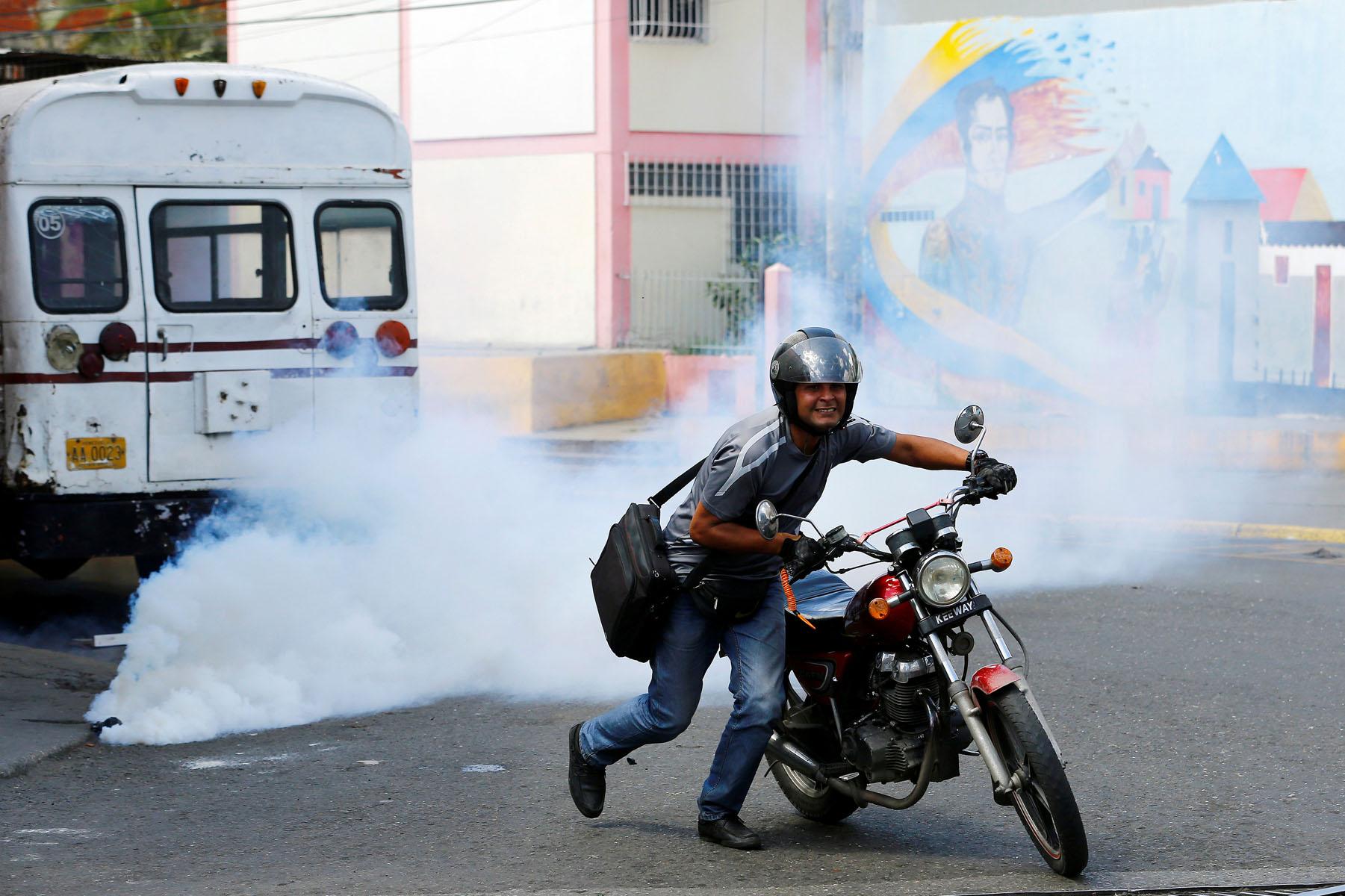 Tag 10jun en El Foro Militar de Venezuela  LaVega-CCS-22