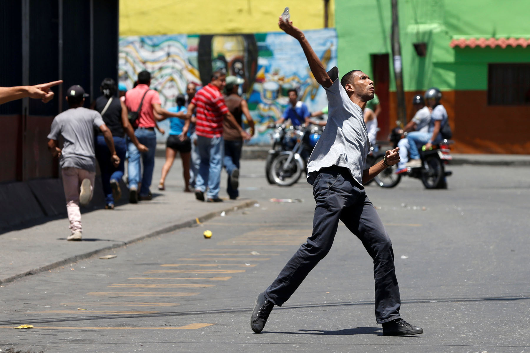 Tag 10jun en El Foro Militar de Venezuela  LaVega-CCS-23