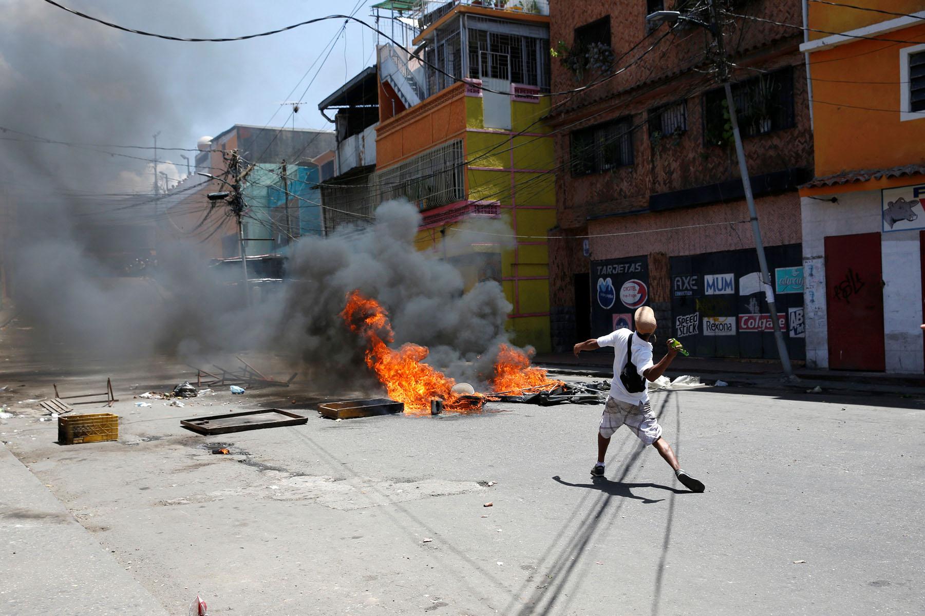 Tag 10jun en El Foro Militar de Venezuela  LaVega-CCS-3