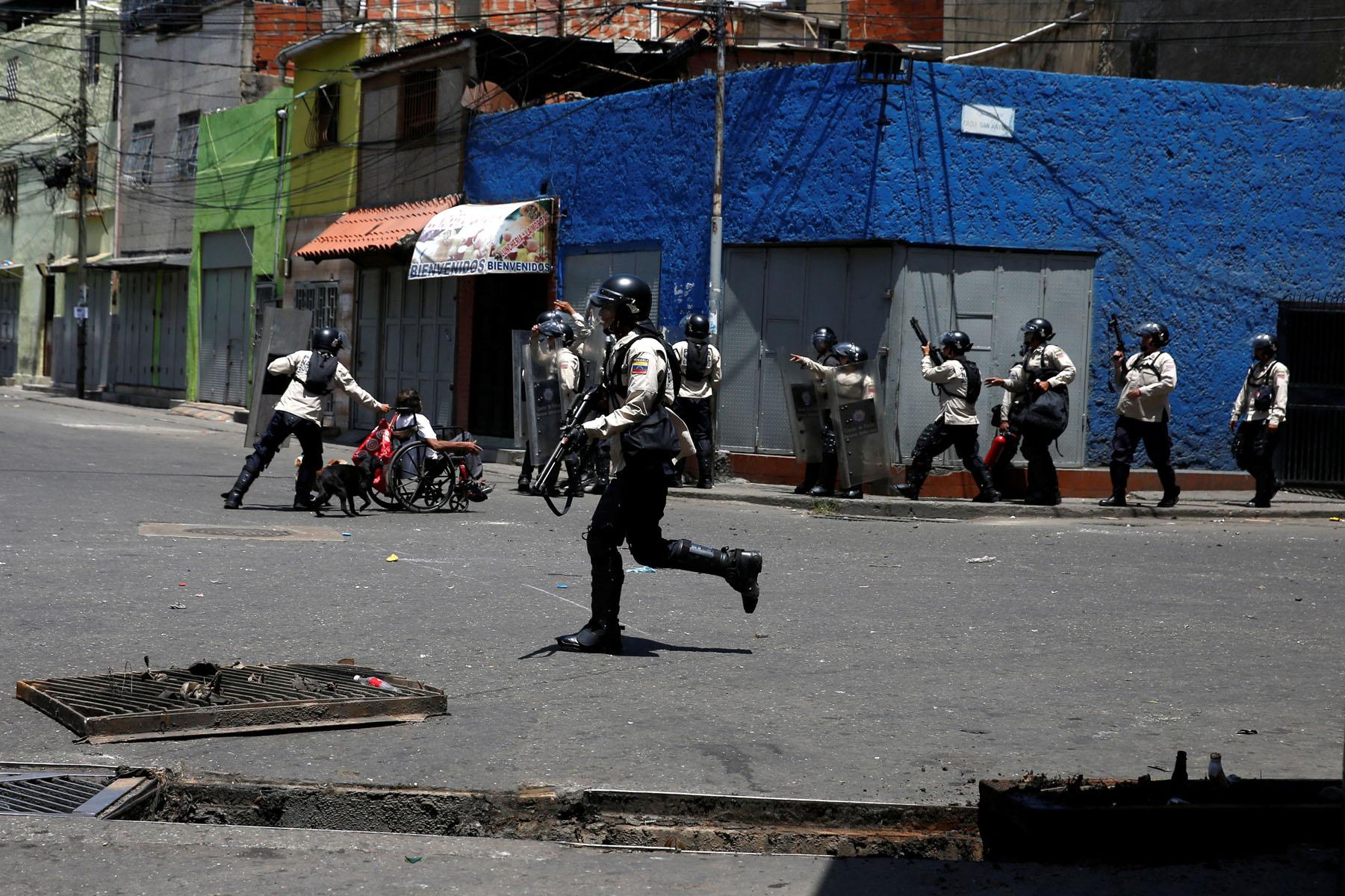 Tag 10jun en El Foro Militar de Venezuela  LaVega-CCS-5