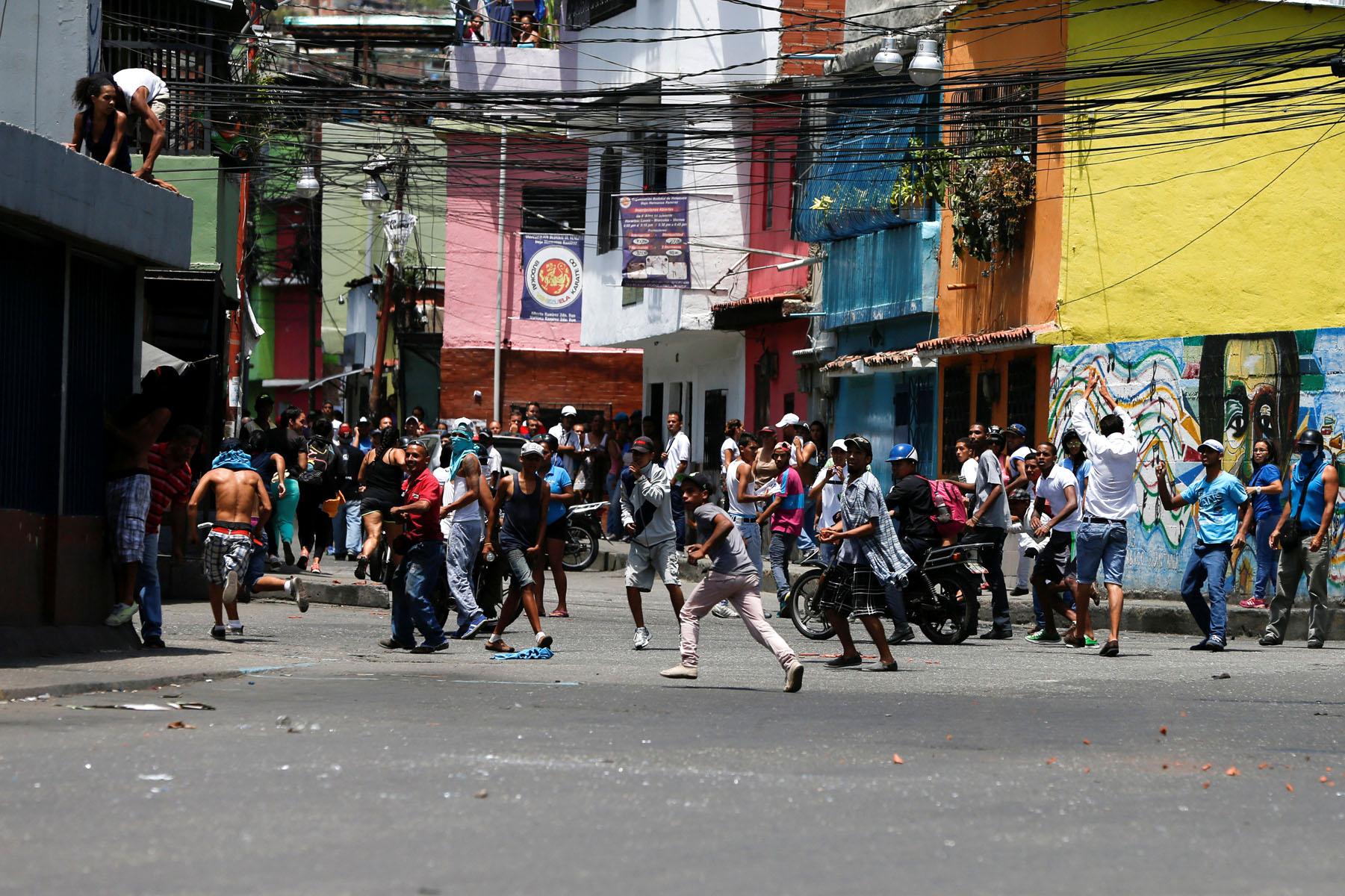 Tag 10jun en El Foro Militar de Venezuela  LaVega-CCS-7