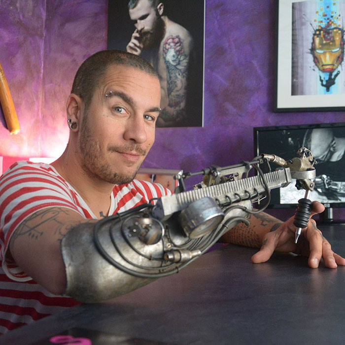 protesis-brazo-maquina-tatuadora-jc-sheitan-tenet-2